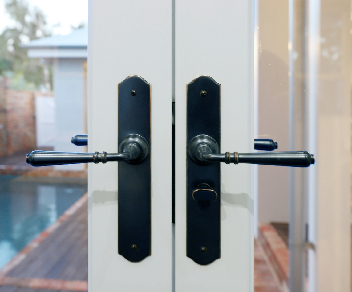 Door Hardware Fitting Service